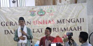"""Ustadz Syamsi Ali saat membawakan ceramah dengan tema """" Tanggung Jawab Dakwah dan Dunia Global """".[Foto:/Ist]"""