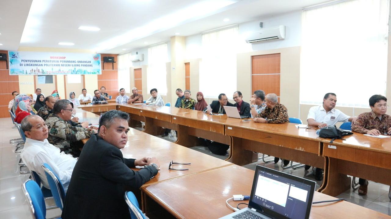 Workshop penyusunan peraturan perundang-undangan diselenggarakan PNUP menghadirkan pemateri dari Biro Hukum dan Organisasi Kemenristekdikti.[Foto:/Ist]