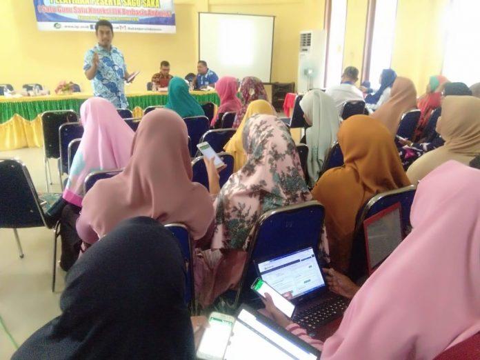Pelatihan guru Sagusaka (Satu Guru Satu Koreksi LJK Berbasis Android) yang diadakan oleh IGI Aceh Tamiang diikuti 106 guru jenjang SD/MI, SMP/MTs, SMA/MA/SMK se-Kabupaten Aceh Tamiang.[Foto:/Ist]