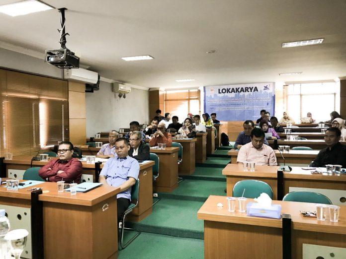 Lokakarya pengembangan kurikulum dan penyusunan RPS untuk mata kuliah Program Studi Magister Manajemen PPs STIE Nobel.[Foto:/Ist.]