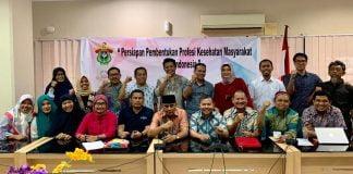 Pertemuan yang digelar pengelola Prodi Kesehatan Masyarakat FKM Unhas dengan sejumlah tamu yang terkait dibidangnya.[Foto:/Ist.]