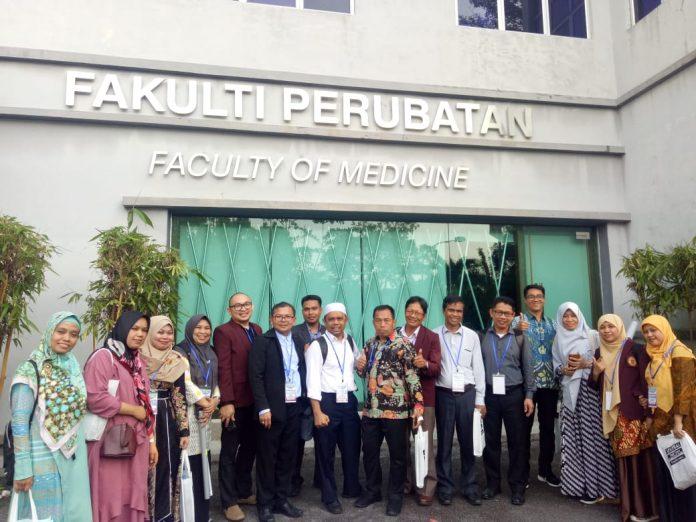 Mahasiswa Program Doktor FKM Unhas menghadiri sekaligus menjadi presenter pada conference international APACPH-KL.[Foto:/Ist.]