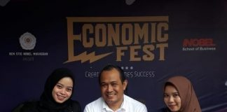 Foto bersama di kegiatan Economic Fest.[Foto:/Ist.]