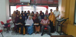 Foto bersama usai pembekalan mahasiswa KKN program pengabdian masyarakat Unhas.[Foto:/Ist.]