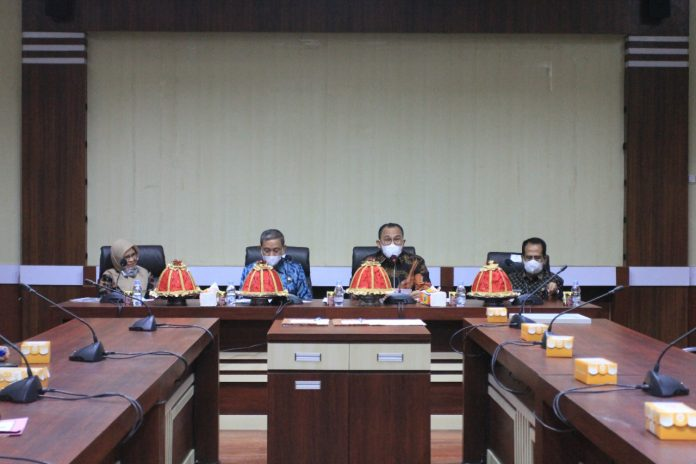 Kepala Kanwil DJPb Provinsi Sulsel, Syaiful mendorong pengembangan UMKM di Kabupaten Wajo melalui KUR dan UMi beberapa waktu yang lalu.