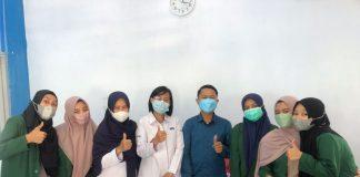 Penarikan Mahasiswi Magang UMI Prodi Komunikasi dan Penyiaran Islam di RRI Makassar Memberi Kesan Yang Mendalam